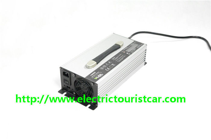 Fast Charging 25A Electric Car Battery Charger 48V Aluminum Material